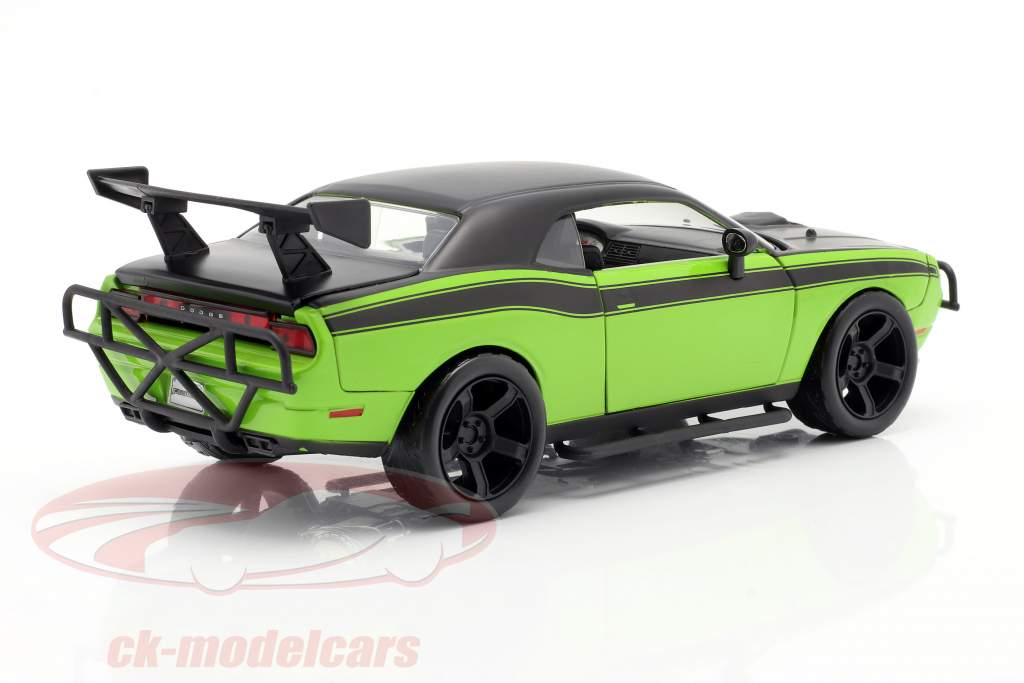Dodge Challenger SRT8 映画 Fast and Furious 7 (2015) 1:24 Jada Toys