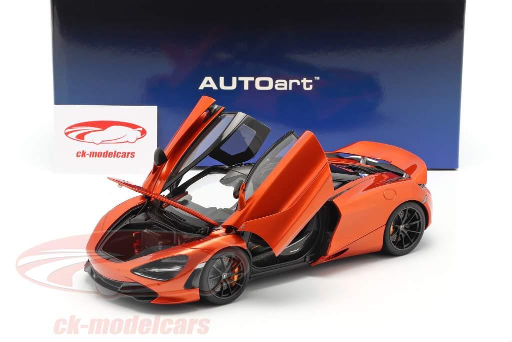 McLaren 720S Ano de construção 2017 laranja metálico 1:18 AUTOart