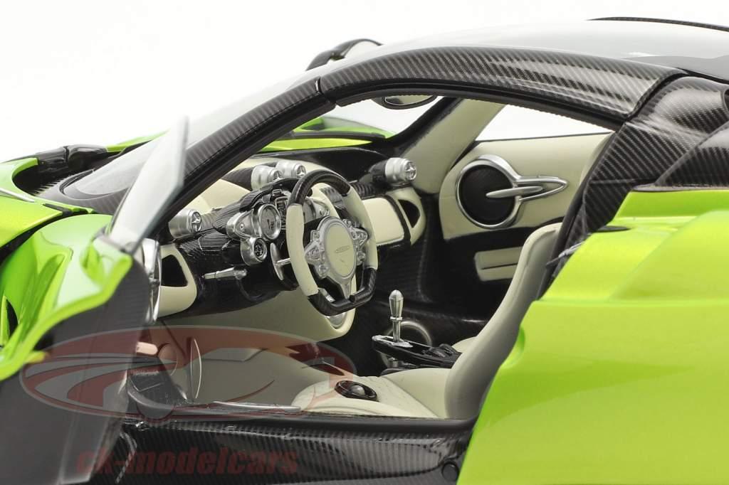 Pagani Huayra Roadster Anno di costruzione 2017 luce verde metallico 1:18 AUTOart