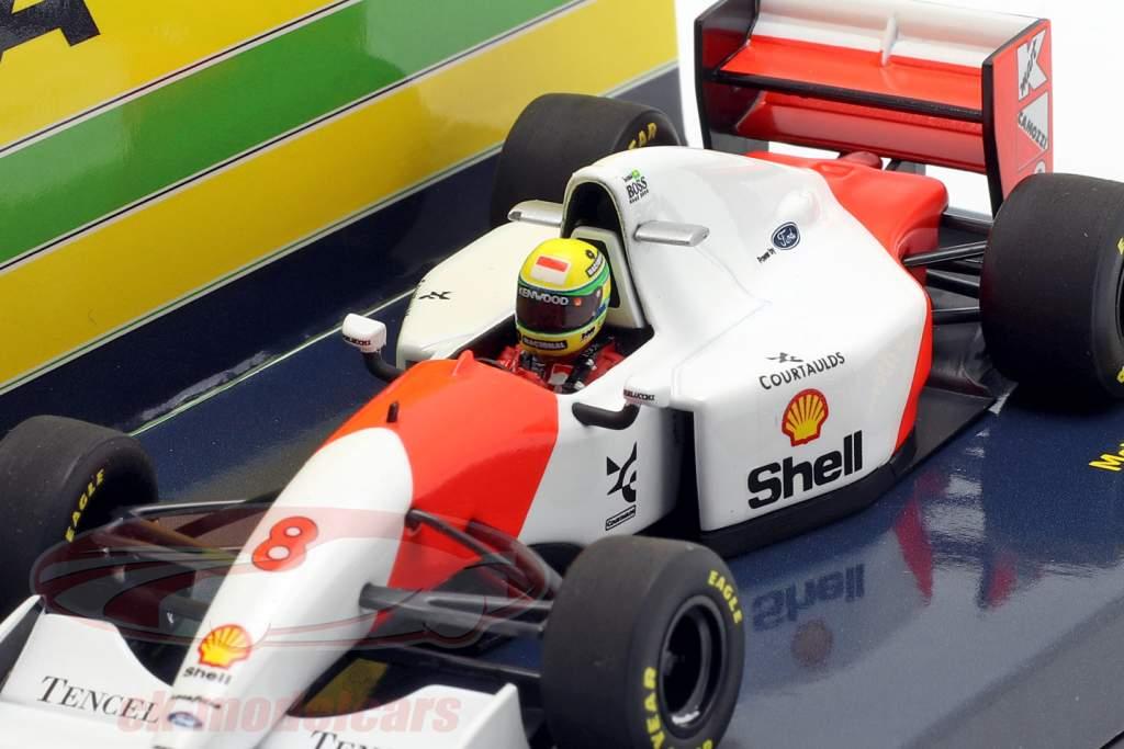 Ayrton Senna McLaren MP4/8 #8 gagnant Japon GP formule 1 1993 1:43 Minichamps