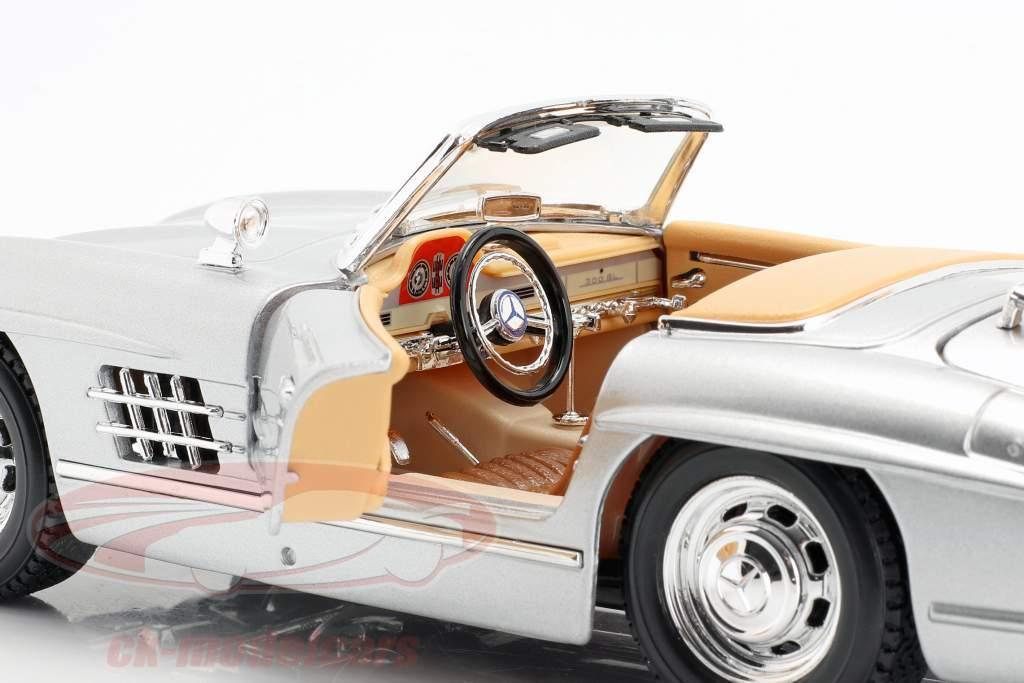 Mercedes-300 SL Touring Jaar 1957 zilver 1:18 Bburago