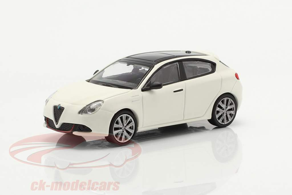 Alfa Romeo Giulietta Veloce år 2017 hvid 1:87 Minichamps
