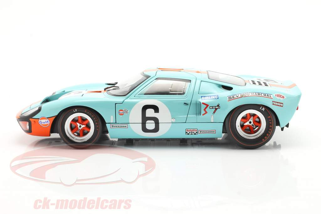 Ford GT40 MK1 #6 Winnaar 24h LeMans 1969 Ickx, Oliver 1:18 Solido