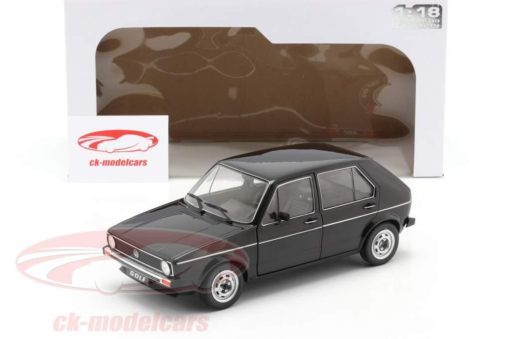 Volkswagen VW Golf L Año de construcción 1983 negro 1:18 Solido