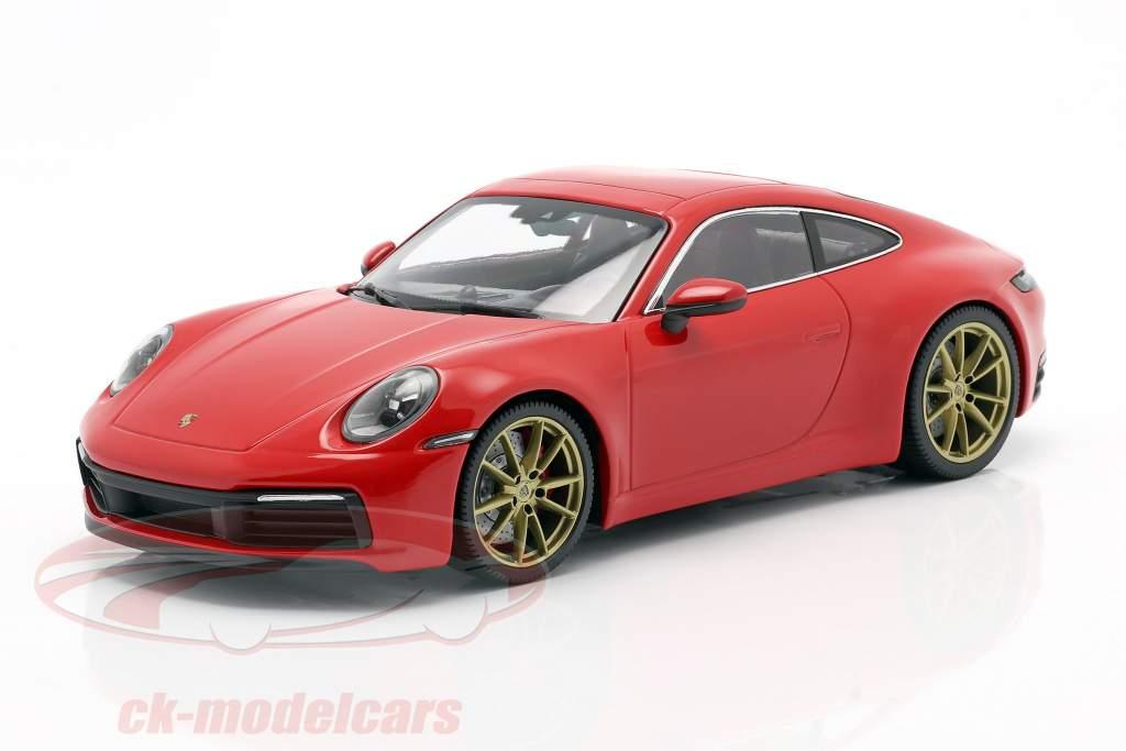 Porsche 911 (992) Carrera 4S Bouwjaar 2019 bewakers rood 1:18 Minichamps