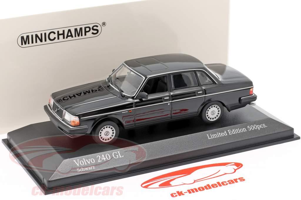 Volvo 240 GL Byggeår 1986 sort 1:43 Minichamps
