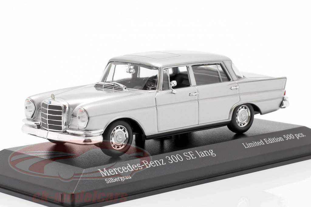 Mercedes-Benz 300 SE longo (W112) Heckflosse Ano de construção 1963 prata 1:43 Minichamps