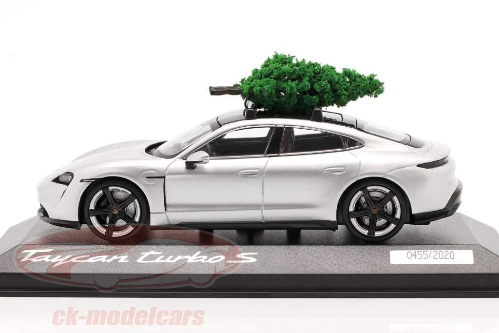 Porsche Taycan Turbo S dolomit sølv Med juletræ 1:43 Minichamps