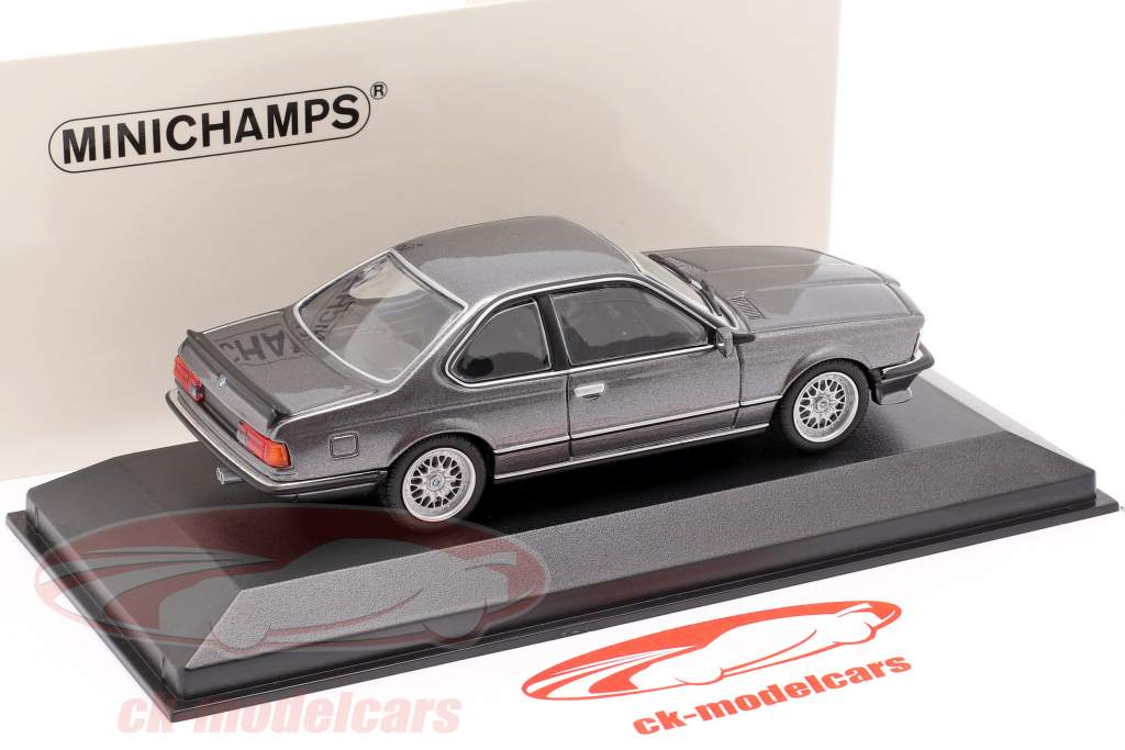 BMW 635 CSI (E24) Construction year 1982 graphite grey metallic 1:43 Minichamps