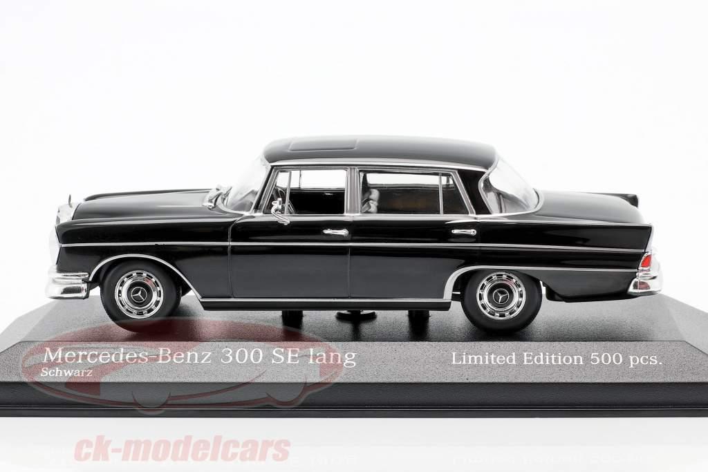 Mercedes-Benz 300 SE longo (W112) Heckflosse Ano de construção 1963 Preto 1:43 Minichamps