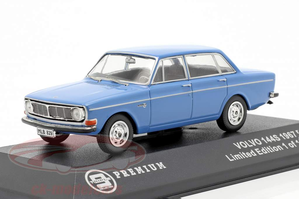 Volvo 144S año 1967 azul 1:43 Triple9
