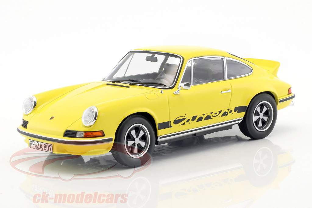 Porsche 911 RS Touring Bouwjaar 1973 geel / zwart 1:18 Norev