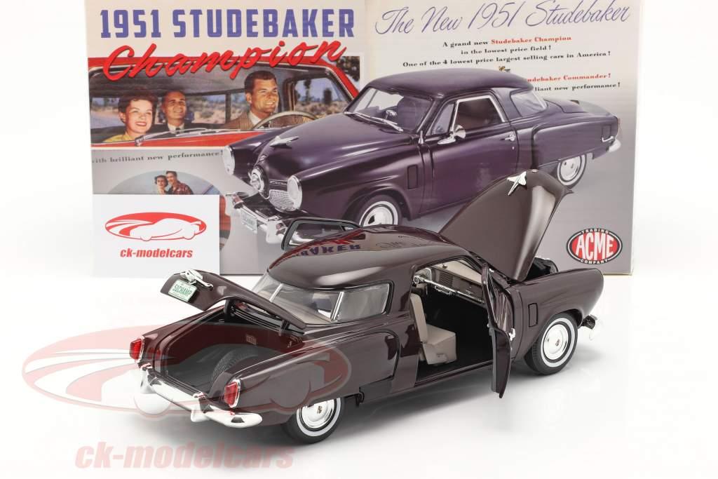 Studebaker Champion Byggeår 1951 sort kirsebær 1:18 GMP