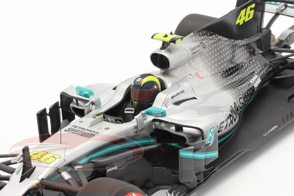 Valentino Rossi Mercedes-AMG F1 W08 #46 Ride Swap Valencia 2019 1:18 Minichamps