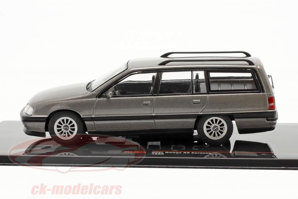 Opel Omega A2 Caravan anno 1990 grigio metallico 1:43 Ixo