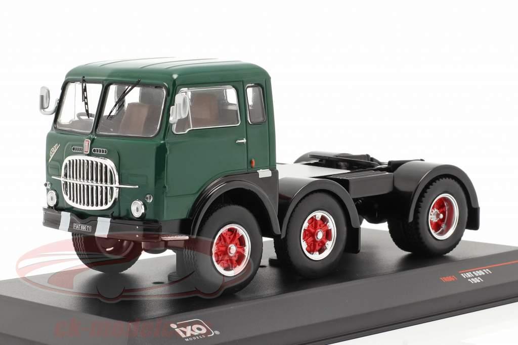 Fiat 690 T1 Vrachtauto Bouwjaar 1961 groen / zwart 1:43 Ixo