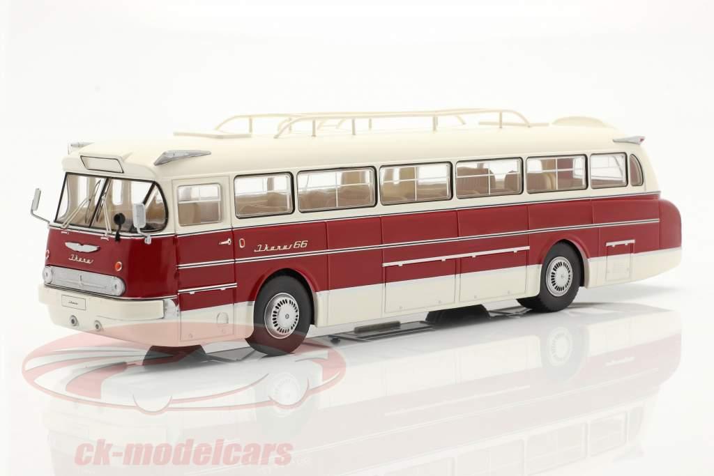 Ikarus 66 Bus Baujahr 1972 weiß / dunkelrot 1:43 Ixo
