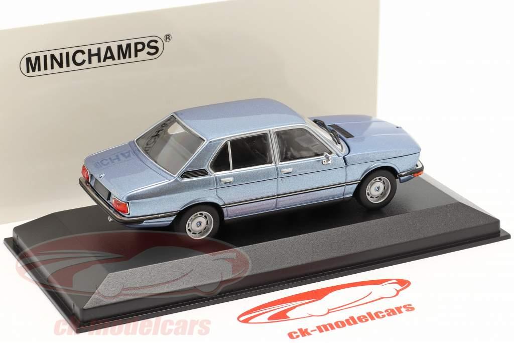 BMW 520 Bouwjaar 1974 fjord blauw metalen 1:43 Minichamps