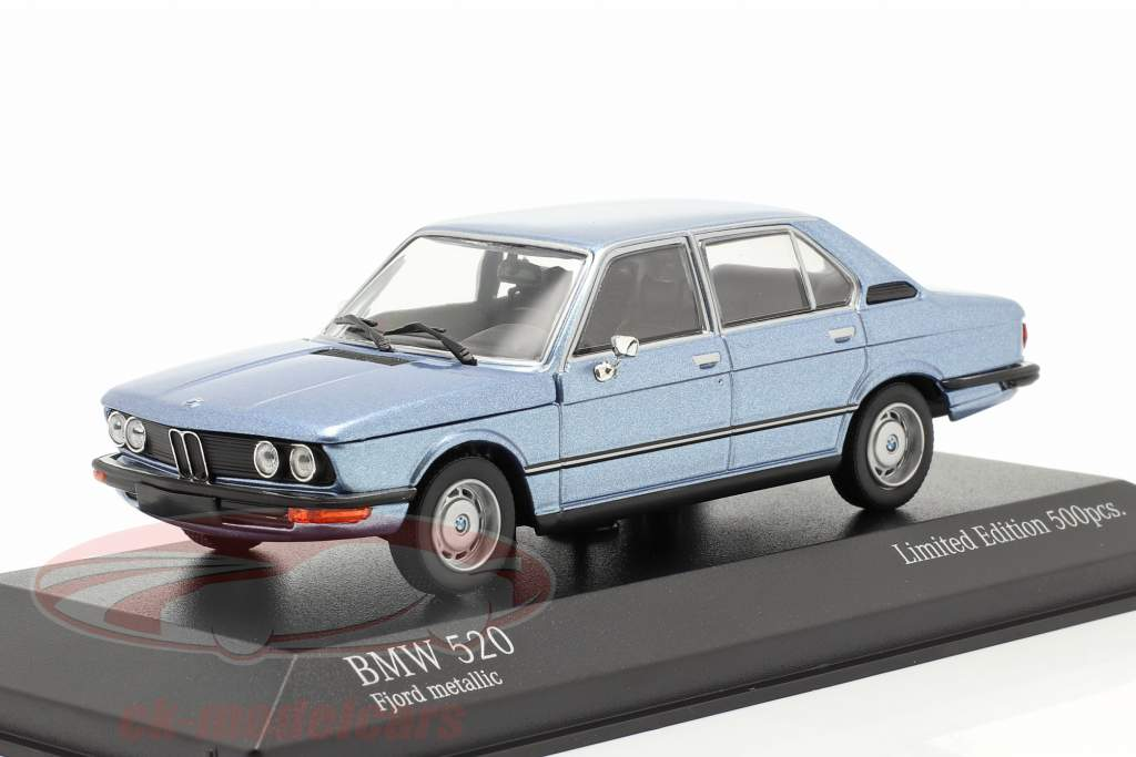 BMW 520 year 1974 fjord blue metallic 1:43 Minichamps