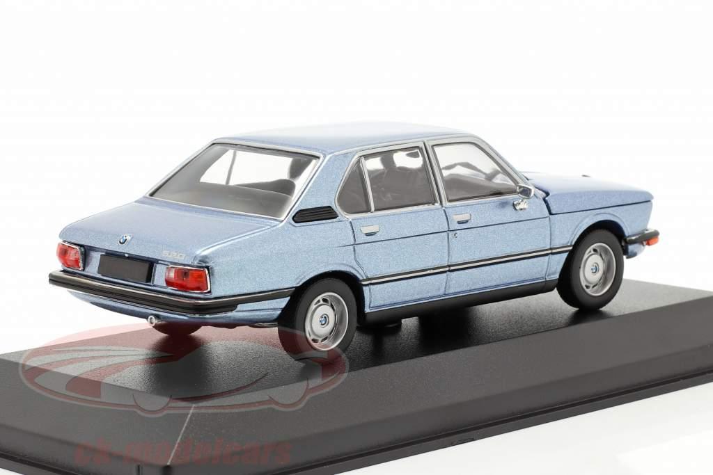 BMW 520 Ano de construção 1974 fiorde azul metálico 1:43 Minichamps
