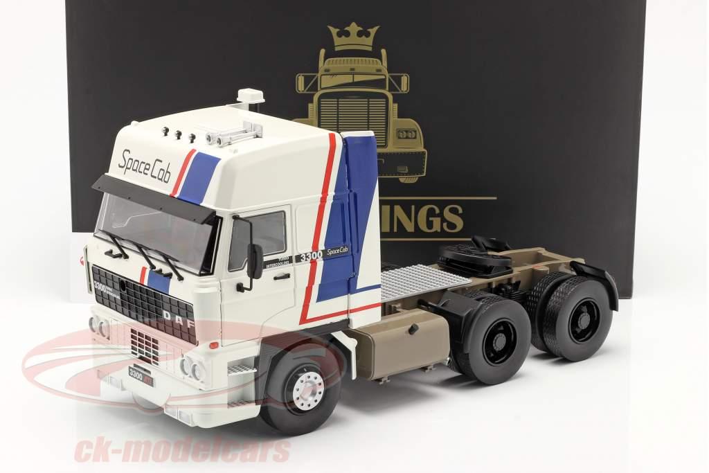 DAF 3300 SpaceCab Camión Año de construcción 1982 Blanco / azul / rojo 1:18 Road Kings