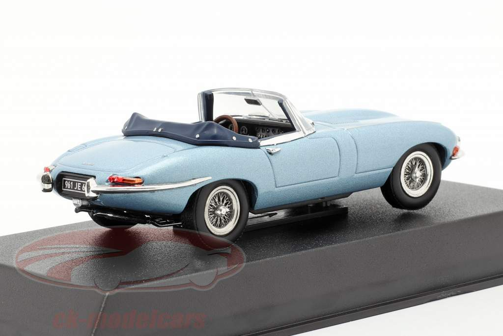 Jaguar E-Type Cabriolet year 1961 light blue metallic 1:43 Norev