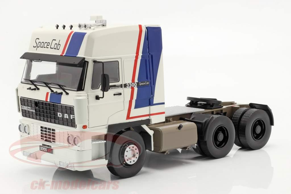 DAF 3300 SpaceCab Lastbil Byggeår 1982 hvid / blå / rød 1:18 Road Kings