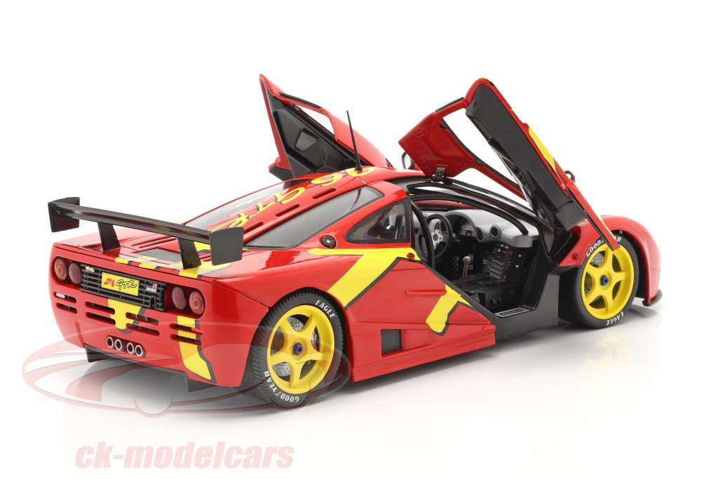 McLaren F1 GTR Año de construcción 1996 rojo / amarillo 1:18 Solido