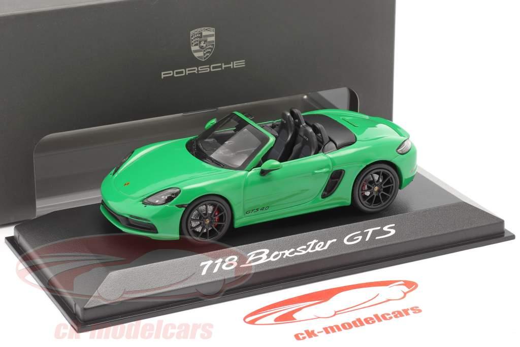 Porsche Boxster GTS 4.0 Ano de construção 2020 python green 1:43 Minichamps