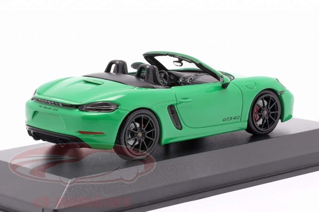 Porsche Boxster GTS 4.0 Bouwjaar 2020 python groen 1:43 Minichamps