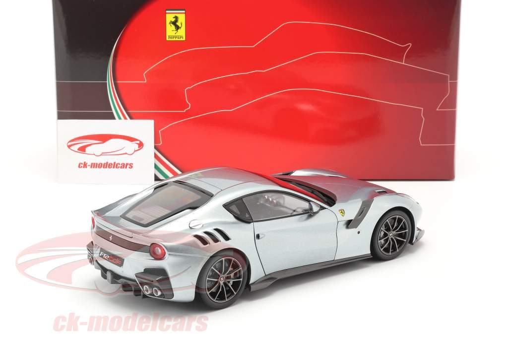 Ferrari F12 TDF Byggeår 2015 titanium Grå 1:18 BBR