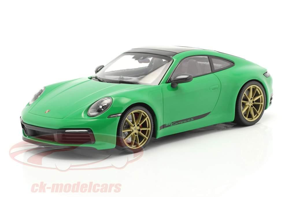 Porsche 911 (992) Carrera 4S Byggeår 2019 python grøn 1:18 Minichamps