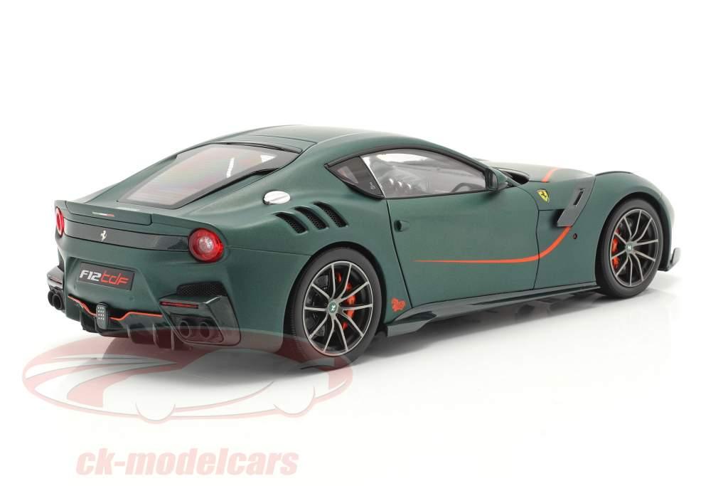 Ferrari F12 TDF Anno di costruzione 2015 opaco verde 1:18 BBR