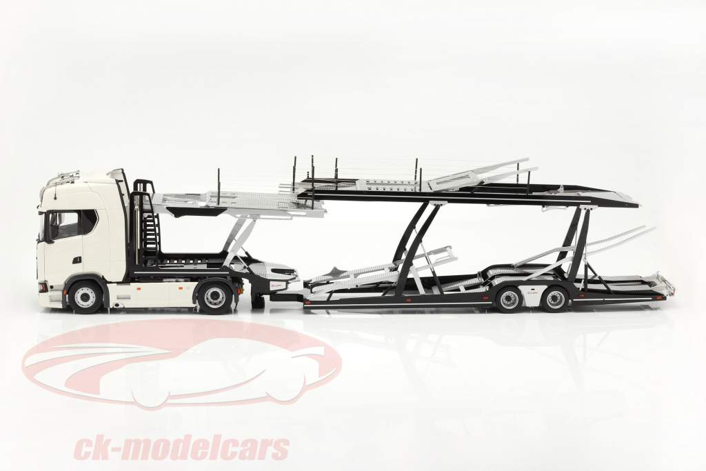 Set Scania V8 730S white with Lohr Car transporter black / silver 1:18 NZG