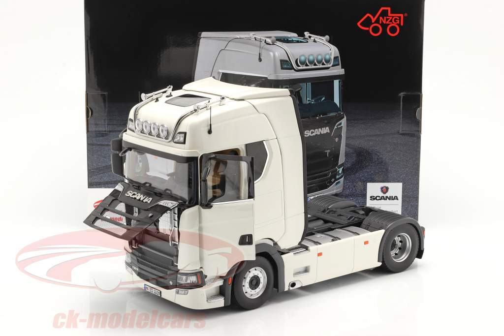 Scania V8 730S 4x2 Truck white 1:18 NZG