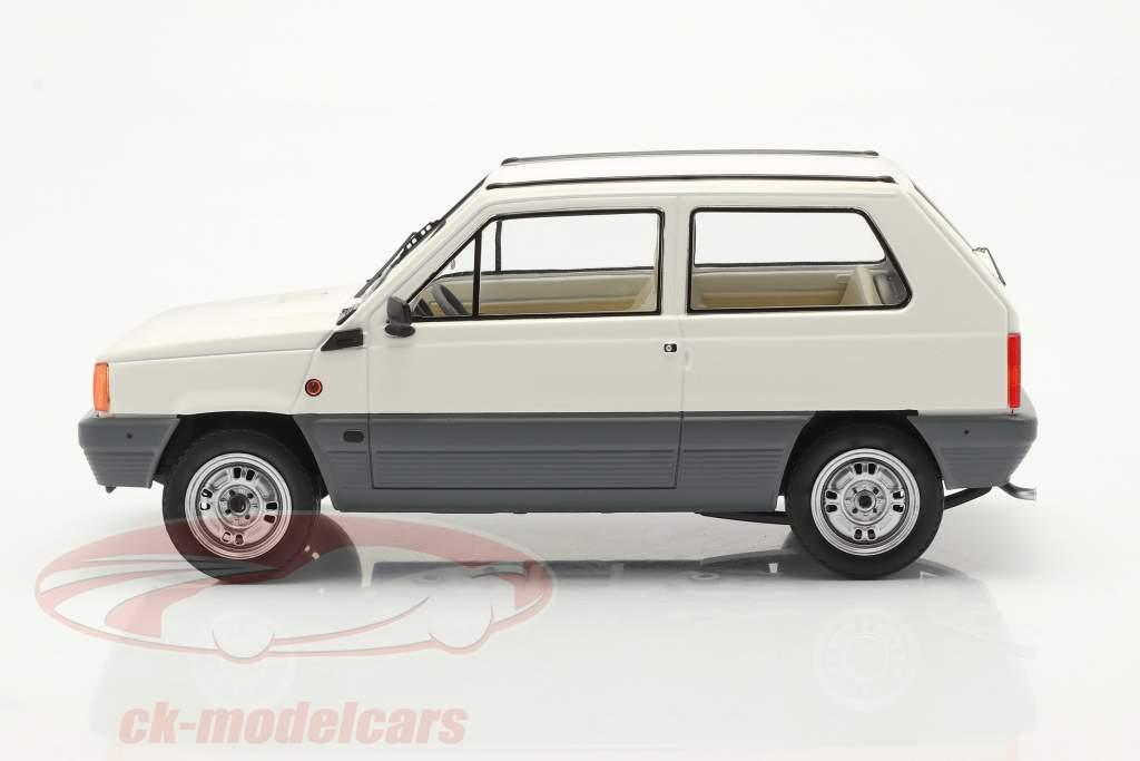 Fiat Panda 45 MK I Anno di costruzione 1980 bianca 1:18 KK-Scale