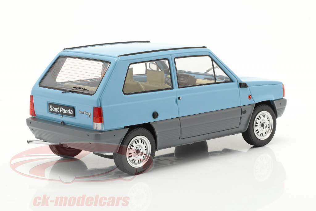 Seat Panda 35 MK I Bouwjaar 1980 licht blauw 1:18 KK-Scale