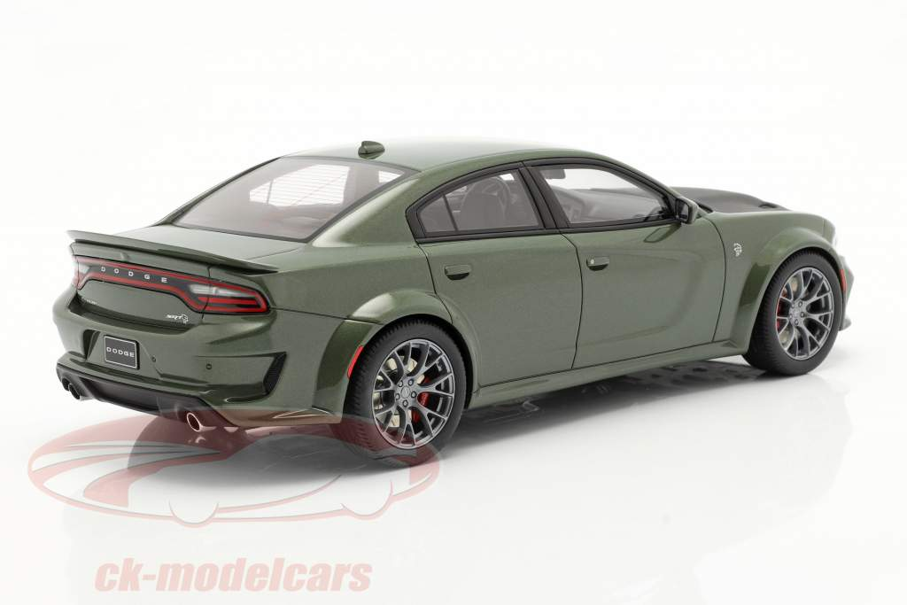 Dodge Charger SRT Hellcat Widebody Baujahr 2020 grün metallic 1:18 GT-Spirit