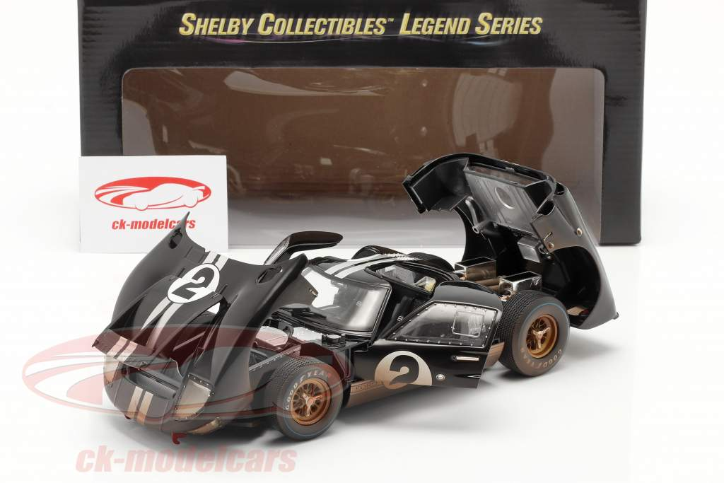 Ford GT40 MK II #2 Gagnant 24h LeMans 1966 Dirty Version 1:18 ShelbyCollectibles