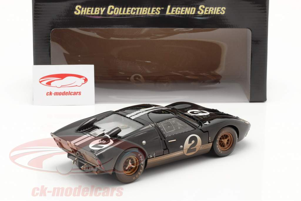 Ford GT40 MK II #2 Vincitore 24h LeMans 1966 Dirty Version 1:18 ShelbyCollectibles