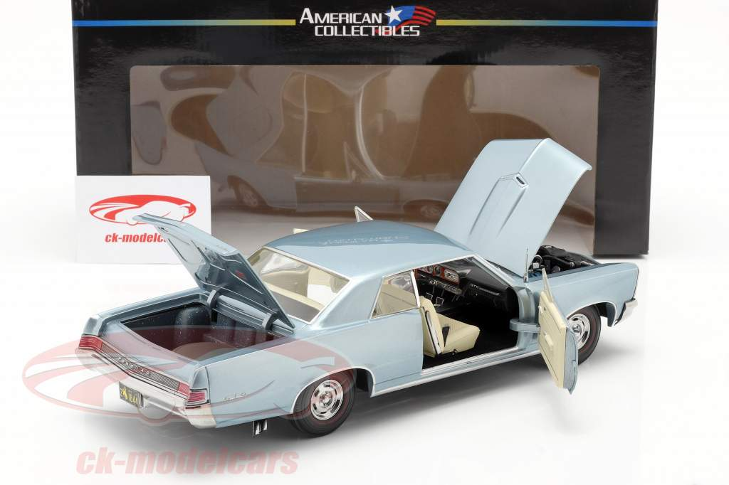Pontiac GTO built in 1965 bluemist slate 1:18 SunStar