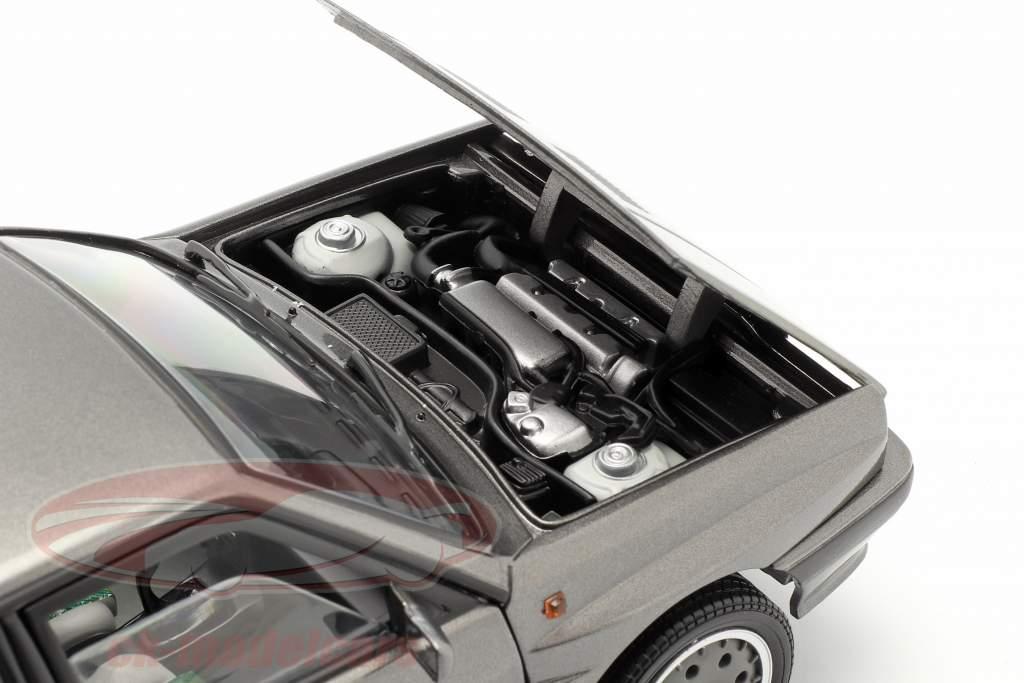 Lancia Delta HF Integrale 8V Byggeår 1989 kvartsgrå 1:18 SunStar