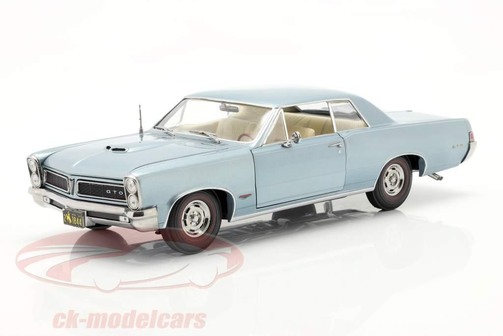 Pontiac GTO Baujahr 1965 schieferblau metallic 1:18 SunStar