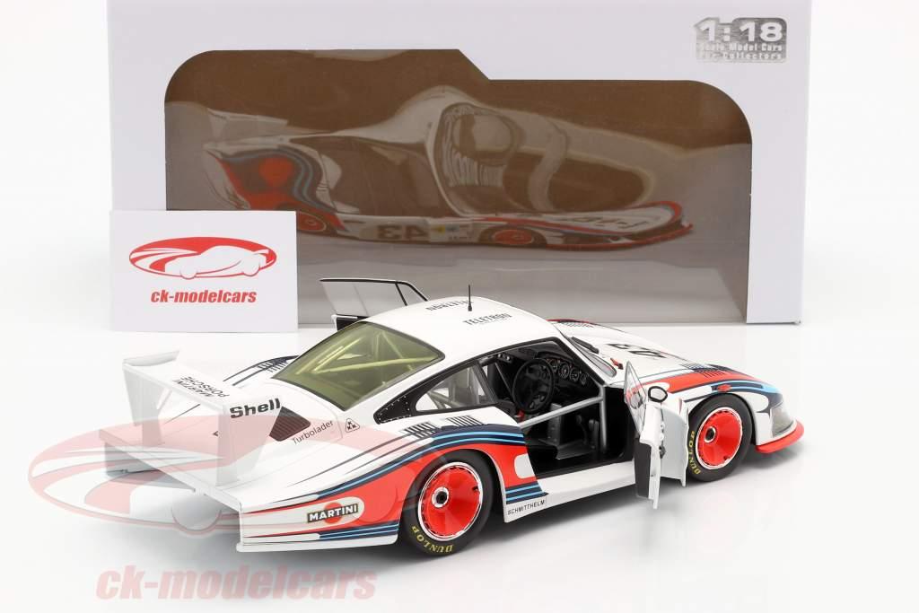 Porsche 935/78 Moby Dick #43 8-е 24h LeMans 1978 Schurti, Stommelen 1:18 Solido