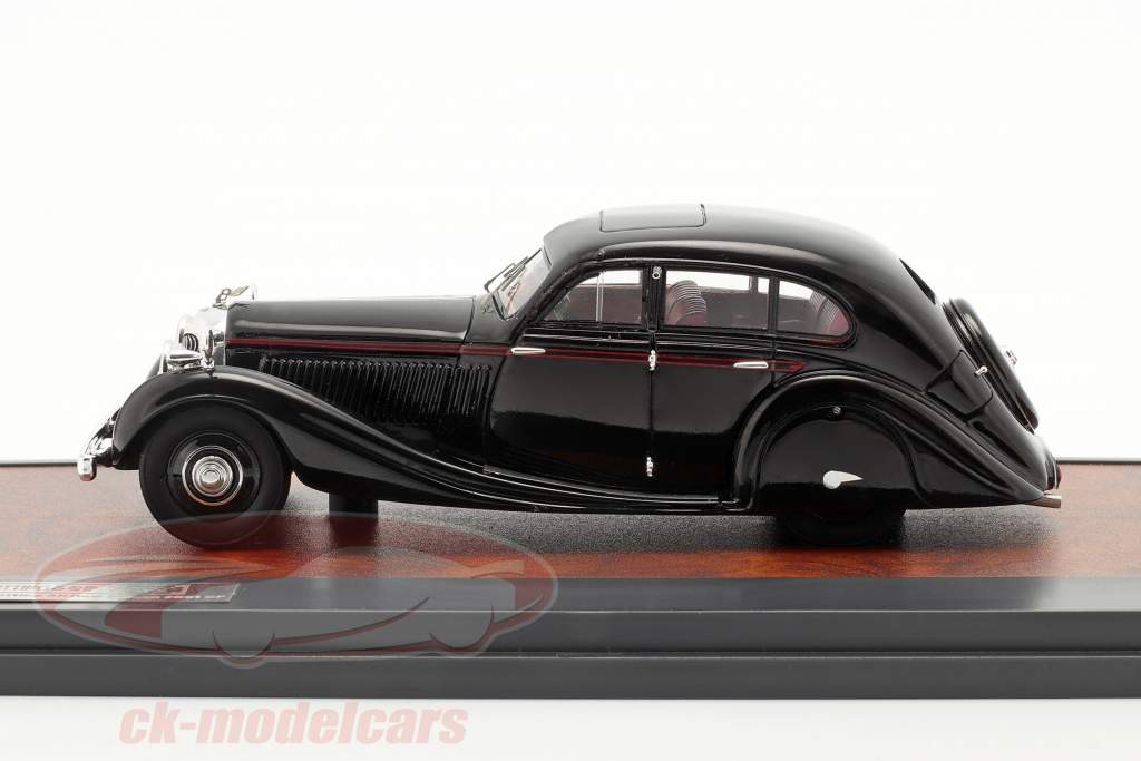 Bentley 4,5 litre Gurney-Nutting Airflow Saloon 1936 black 1:43 Matrix