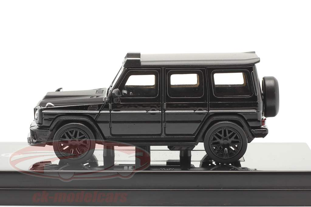 Mercedes-Benz AMG C63 Liberty Walk 2018 negro 1:64 Paragon Models