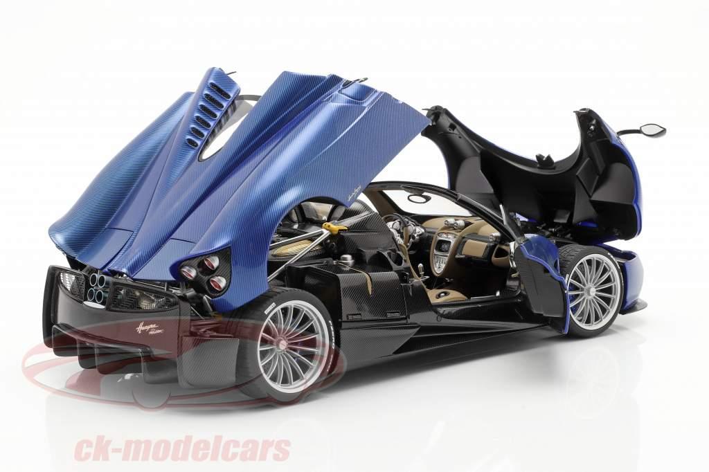 Pagani Huayra Roadster Anno di costruzione 2017 blu carbonio 1:18 AUTOart