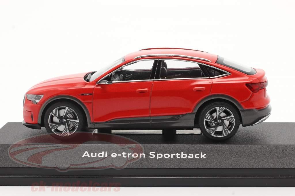 Audi e-tron Sportback Año de construcción 2020 catalunya rojo 1:43 iScale
