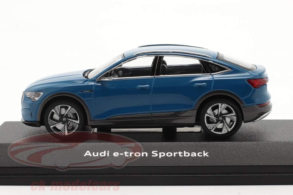 Audi e-tron Sportback Bouwjaar 2020 antigua blauw 1:43 iScale