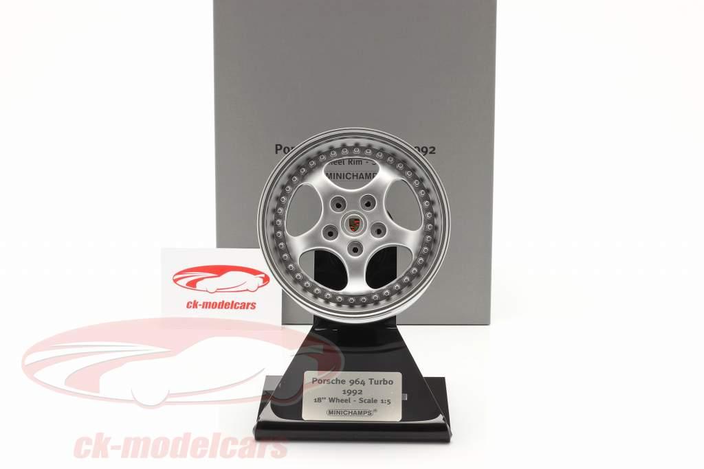 Porsche 911 (964) 1992 18 inch borde plata 1:5 Minichamps